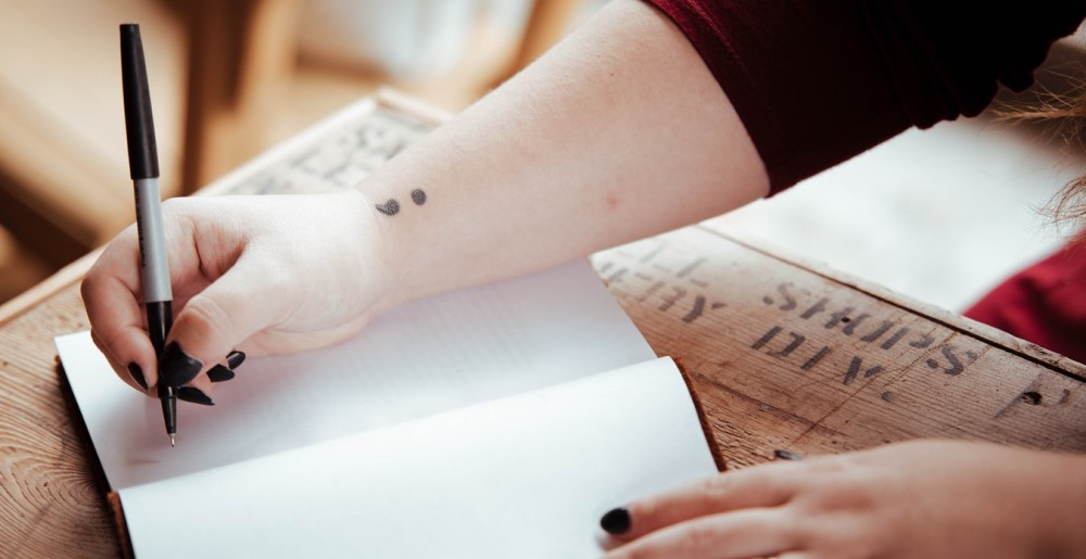 O que é considerado plágio em uma redação?